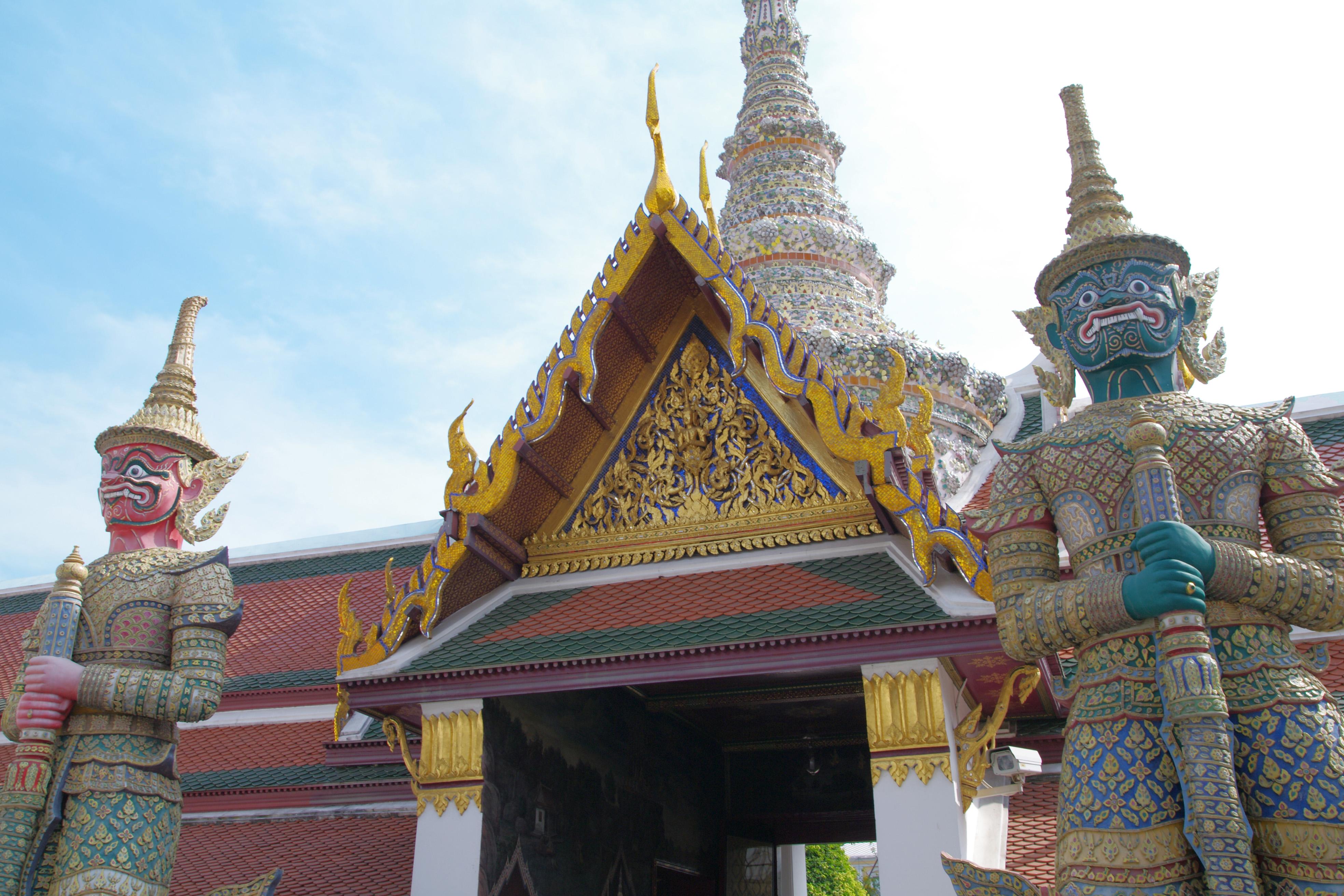 タイで偽刑事に職務質問されてお金を騙し取られた話(職務質問)